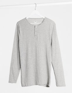 long sleeve button front top in light gray marl