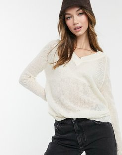 max v-neck sweater in gray-Cream