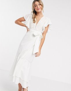 seville midi dress with tie waist in white