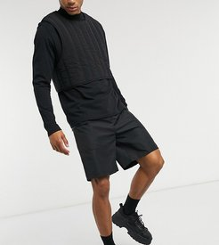 cargo shorts with pockets in black