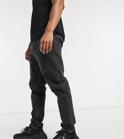 x003 tapered jeans in black