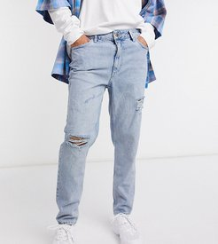 x003 tapered jeans with ripped knee in stonewash blue