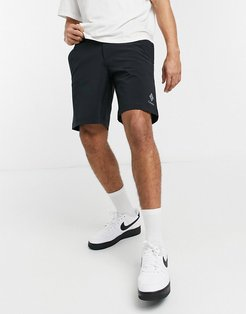 Lodge woven shorts in black
