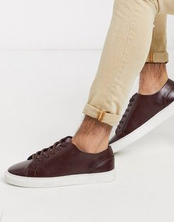 lace up sneaker in brown-Red