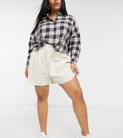 Cotton: On Curve pull on shorts in beige