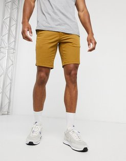 Hawk chino shorts in tan