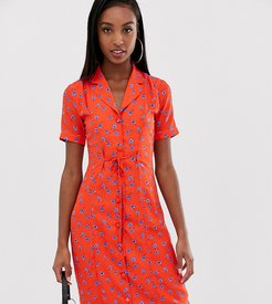 fitted midi shirt dress in floral-Red