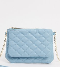 Exclusive cross body bag with double compartments in blue with chain handle