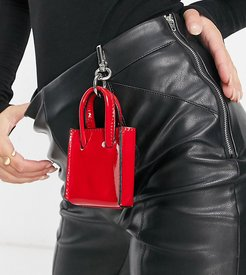 Exclusive mini tote bag with dog clip in red patent