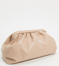 Exclusive oversized slouchy pillow clutch bag in camel-Beige