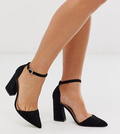 pointed heeled shoes in black