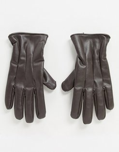 faux leather gloves in brown