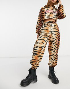 Jagger & Stone relaxed coordinating sweatpants with logo in tiger print-Brown
