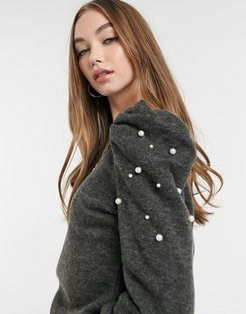 sweater with puff sleeves and pearl detail in gray