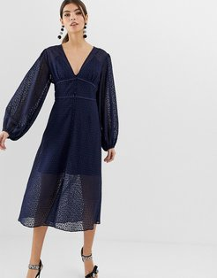 Trouble lace midi dress with volume sleeve-Navy