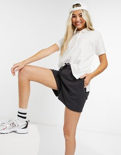classic polo shirt in white