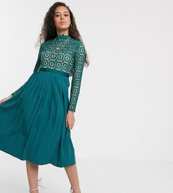 midi length 3/4 sleeve lace dress in kingfisher-Blue