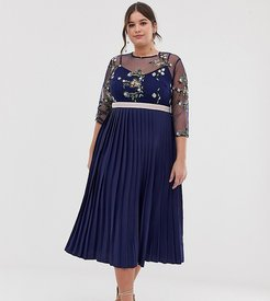 embroidered top midi dress in navy