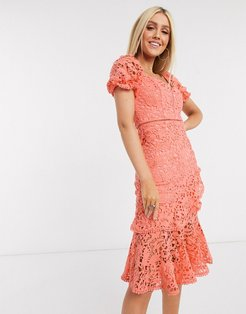 ruffle lace midi dress in coral-Pink