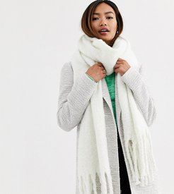 London winter white super soft scarf with tassels
