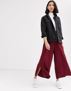wide leg pants with ring pull in satin two-piece-Red