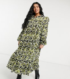 tiered smock top midi dress in green smudge print