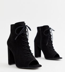 Lace Up Block Heeled Boots-Black