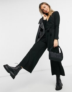 ribbed knitted cozy jumpsuit in black