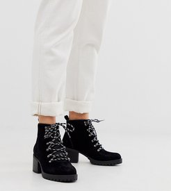 heeled hiker boots in black