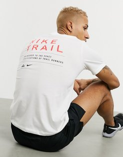 Trail t-shirt in white
