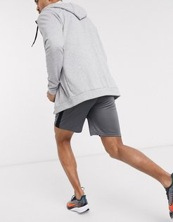 Dry shorts in gray