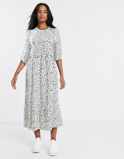 tiered maxi smock dress in scattered spot-White