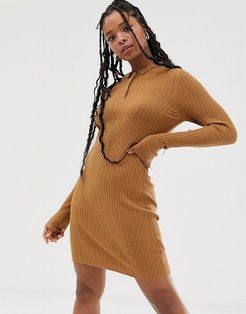 knitted polo shirt dress in camel-Brown