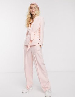 oprah tailored pants in soft pink
