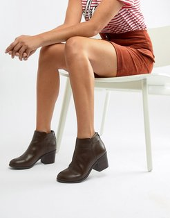 Heeled Ankle Boots-Brown