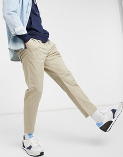 chinos in slim fit cropped stone
