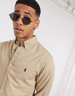 player logo garment dye chino shirt slim fit buttondown in tan
