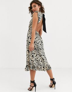 backless midi dress in animal print with ruffle detail-Stone