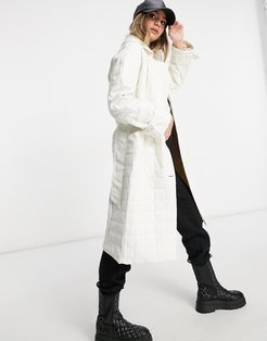 trench coat in quilted faux leather-White
