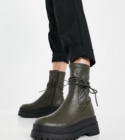 Finale chunky flat ankle boots with tie in smooth olive-Green
