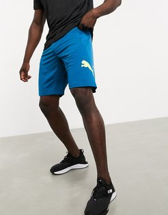 Training shorts in navy with logo