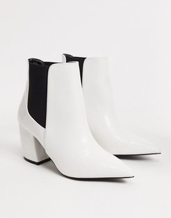 heeled western boots in white-Black