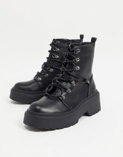Jackson lace up boots in black
