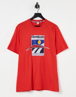 CL international sport T-shirt in red