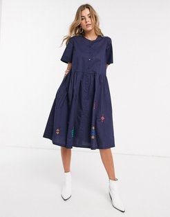 Resume Selma embroidered button front midi dress-Navy