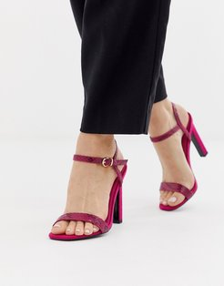 heeled sandals in pink