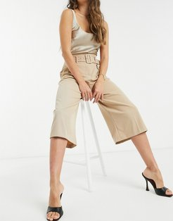 high waisted belted culotte pants in cream