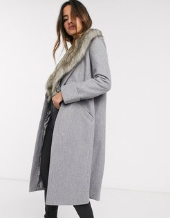 tailored coat with faux fur collar in gray