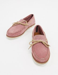 suede boat shoe in pink