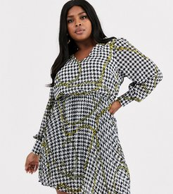 v neck shirt dress with pleated skirt in chain print-Multi
